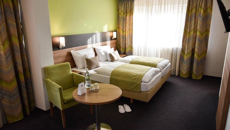 https://hotelmartinsklause.de/images/Room/double-room-n1.jpg