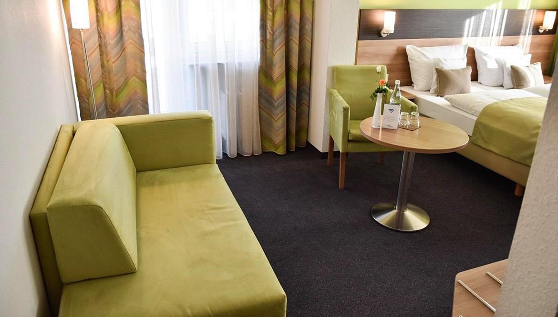 https://hotelmartinsklause.de/images/Room/double-room-n6.jpg